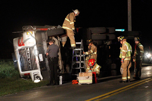09.23.14 Tyson truck overturned in 39 Local