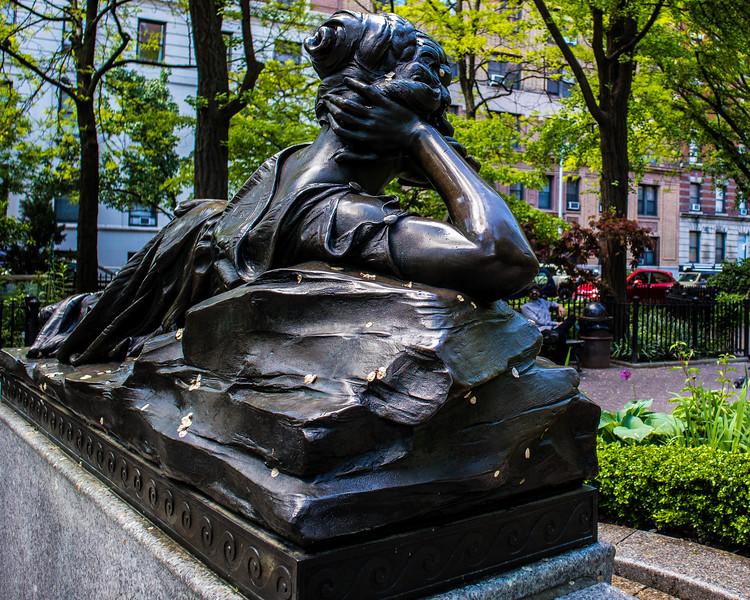 Strauss Fountain
