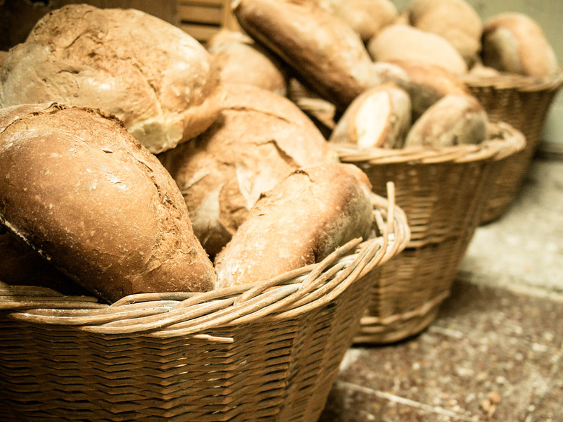 bread in baskets 2.jpg