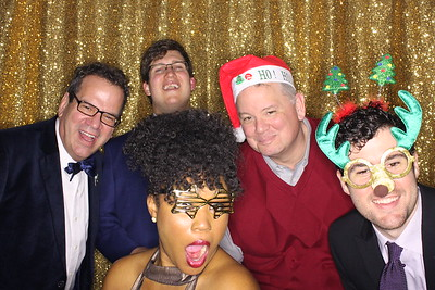 Ad Victoriam Holiday Party