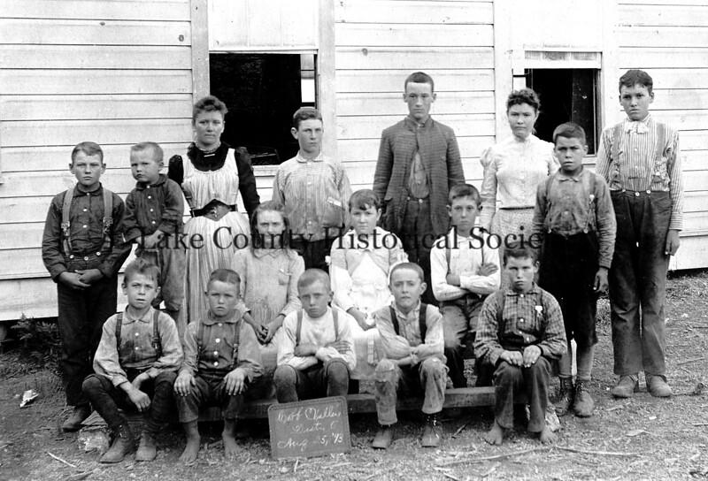 cobb valley school 1893.jpg