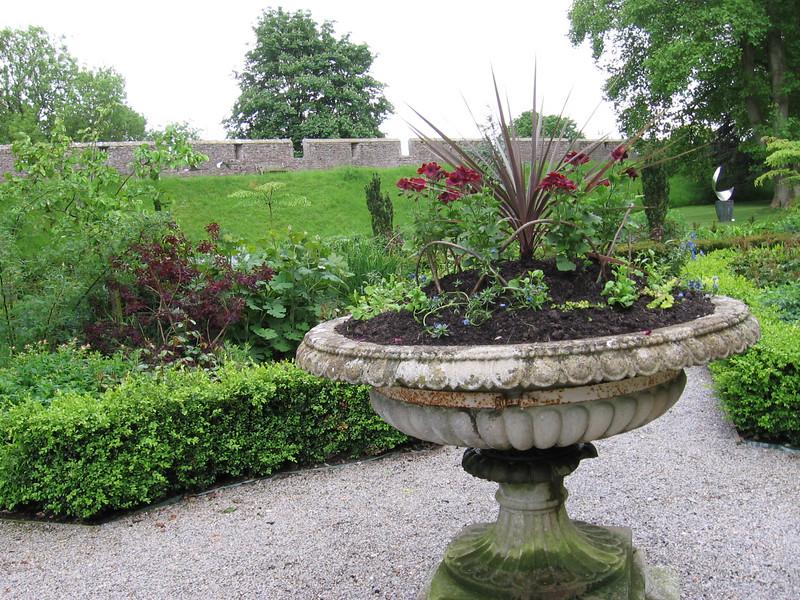 Bishop's Palace Garden, Wells