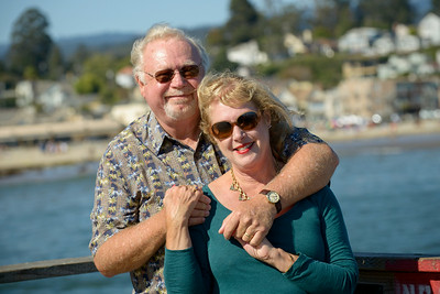 6548_d800b_Michael_and_Rebecca_Capitola_Wharf_Couples_Photography