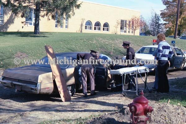 10/1978 - Meridian Twp minor injury crash, Okemos & Methodist