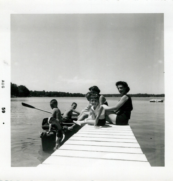 1959 Hollis' summer place.jpeg
