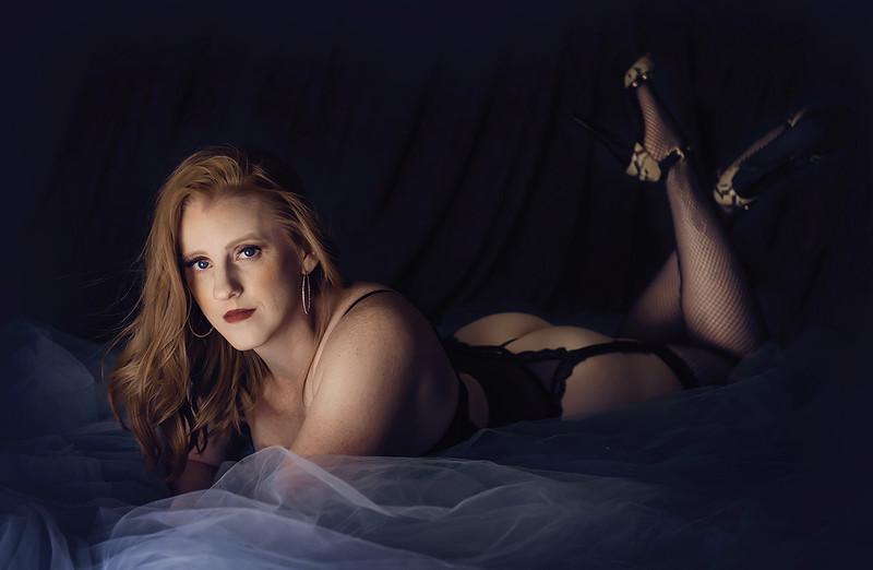 romantic elegant boudoir portraits iowa marion - 41.jpg