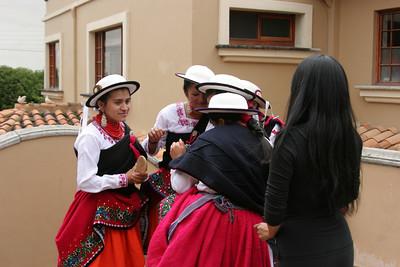 Yanantin Performers at Esquina