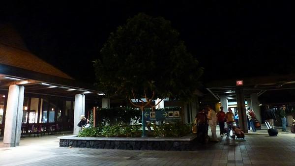 Travel to Kona 2012-02-03