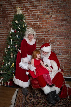 My Seattle Realty, Santa Photos at Dakota Place December 15