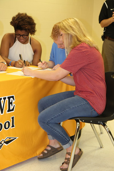 2018-05-17 OGHS Seniors Signing Day