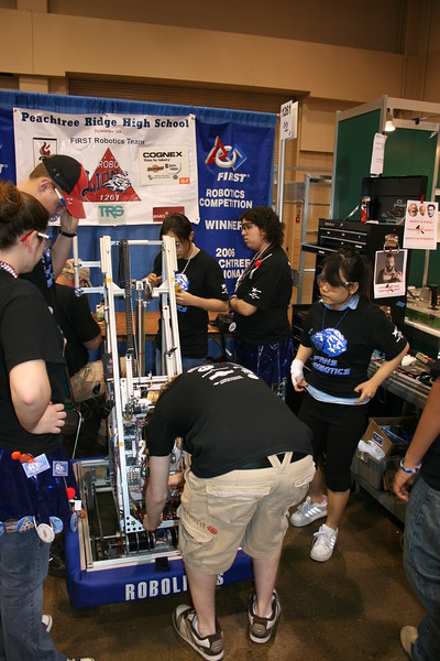 Robotics 2007 Peachtree Regional 173.JPG