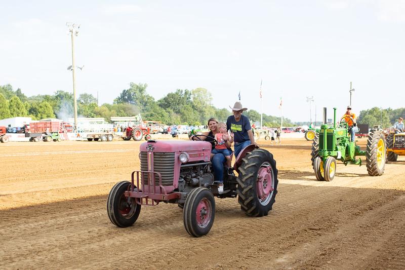 Antique Tractor Parade-25.jpg