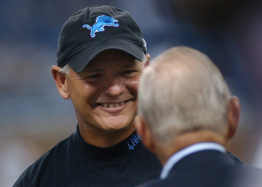 . Detroit Lions head coach Rod Marinelli, left, chats with team owner William Clay Ford Sr. before their game with the New York Giants, Thursday, August 7, 2008, at Ford Field in Detroit, Mich.  The Lions beat the Giants, 13-10.  (The Oakland Press/Jose Juarez)