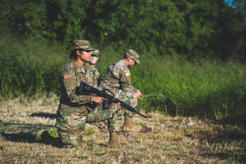 2018_1102-ROTC-Drills-0425.jpg
