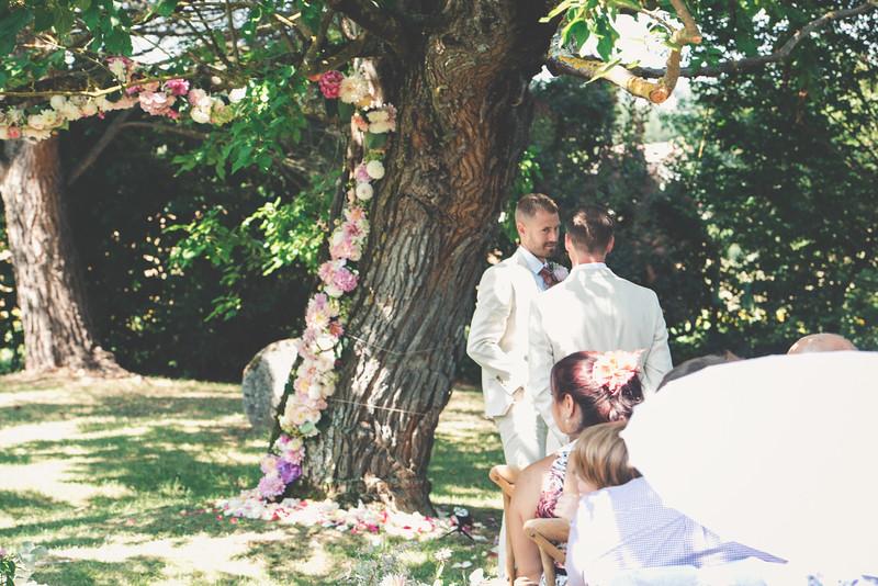 Awardweddings.fr_Amanda & Jack's French Wedding_0164.jpg