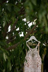 Emily + Nick   Wisconsin Summer Wedding   Whispering Springs