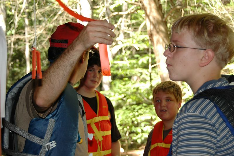The boy scouts review the canoe-O rules   (Sep 11, 2004, 11:27am)