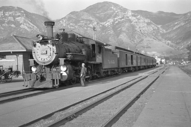 D&RGW_4-6-0_788-with-train_Provo_1947_004_Emil-Albrecht-photo-0254-rescan.jpg