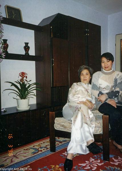 Ba Tan Visit 90s 34.jpg