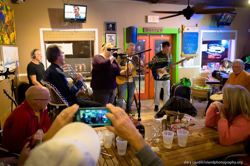 ami radio live at harry's_0009.jpg