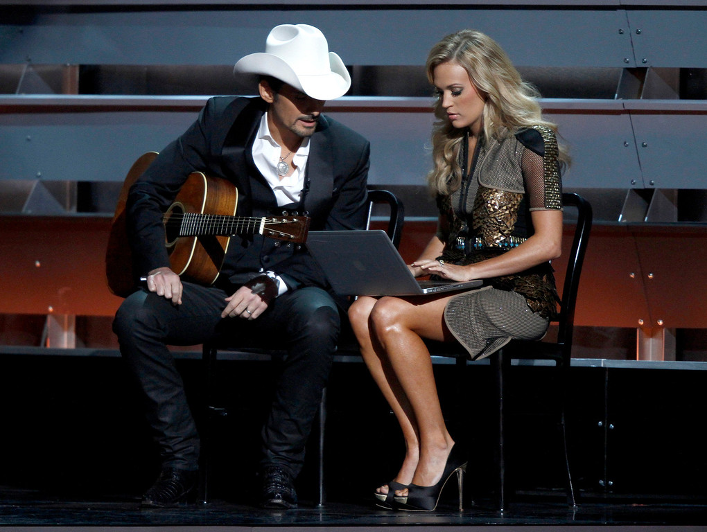 """. <p>4. OBAMACARE <p>You know it�s bad when the country music folks start mocking it. (unranked) <p><b><a href=\'http://www.buzzfeed.com/passantino/carrie-underwood-and-brad-paisley-mock-obamacare-at-the-cma\' target=\""""_blank\""""> HUH?</a></b> <p>    (Wade Payne/Invision/AP)"""