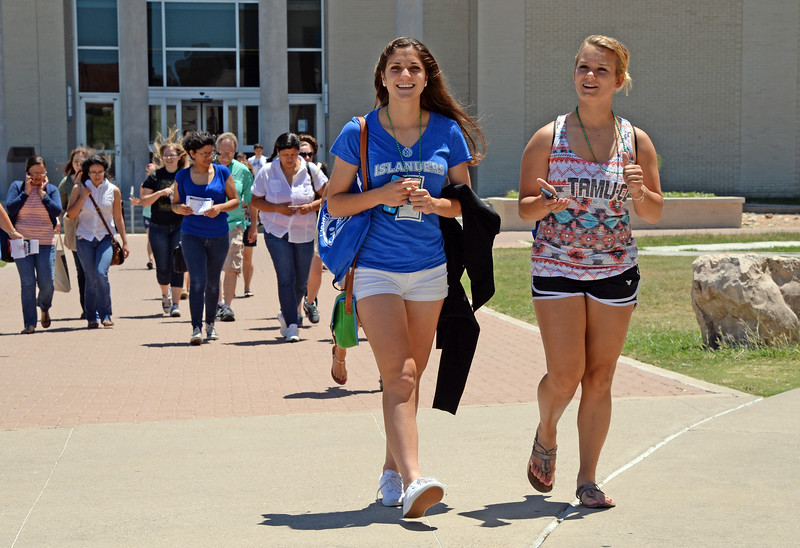 Students enjoy the weather at the Island University.