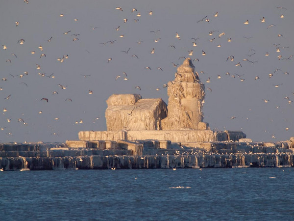 Frozen Lighthouse, December 2010