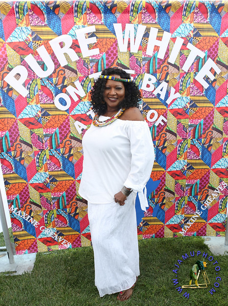 MAXINE GREAVES PURE WHITE ONTHE BAY A TOUCH OF AFRICA-103.jpg