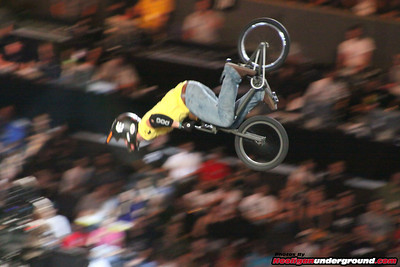 X-GAMES 2009: BMX BIG AIR / MOTO X BEST TRICK!!