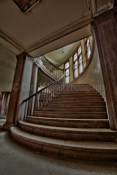 Abandoned Courthouse (1).jpg