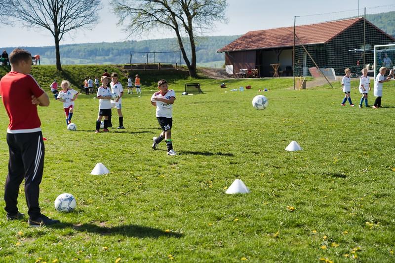 hsv-fussballschule---wochendendcamp-hannm-am-22-und-23042019-w-48_47677905712_o.jpg