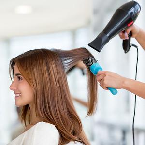 91620 Guest hairbrushing touching or longer then shoulder