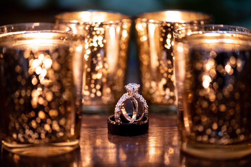candle-light-wedding-ring-photographer.jpg