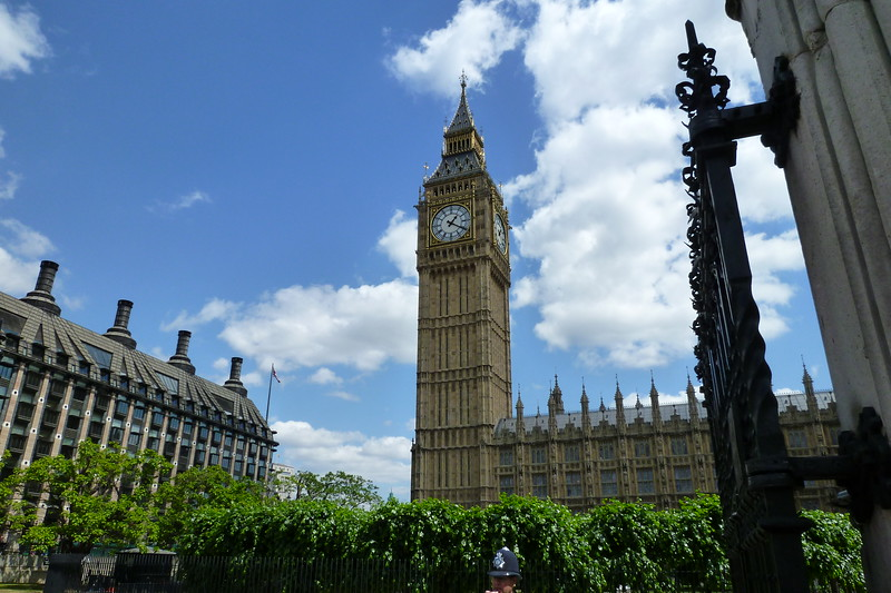 Browsing Big Ben  (2).jpg