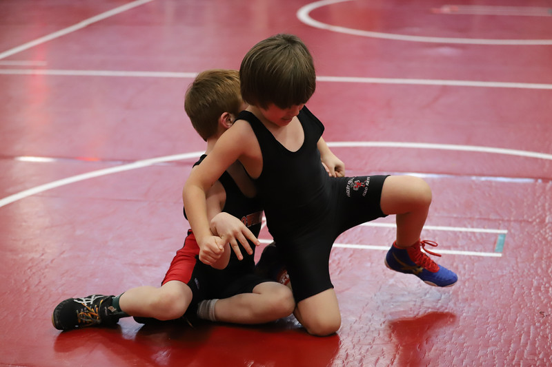 Little Guy Wrestling_4846.jpg