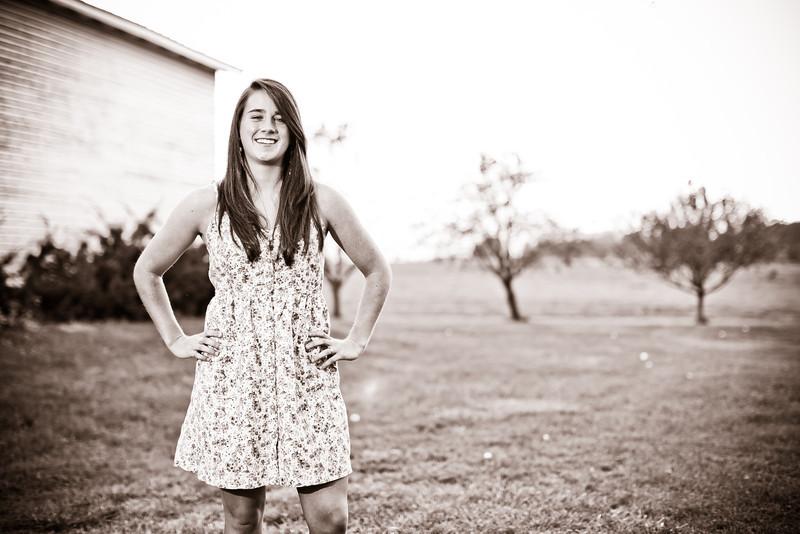 Laura Senior Pics-8.jpg