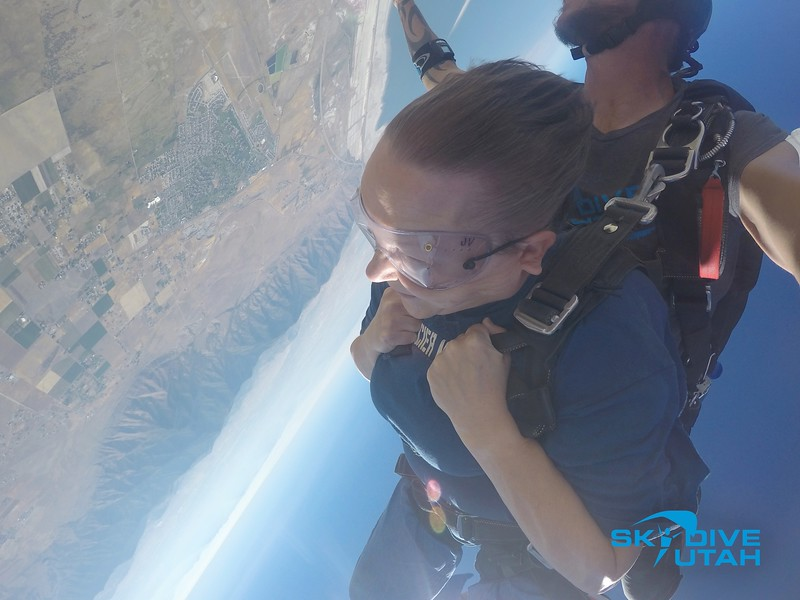 Lisa Ferguson at Skydive Utah - 20.jpg