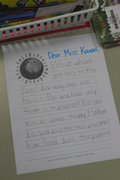 Eisenhower Surprised By Visit From Miss Kansas!
