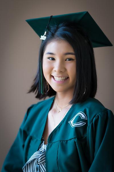 20200521_sarah-friends-connally-graduation_016.jpg