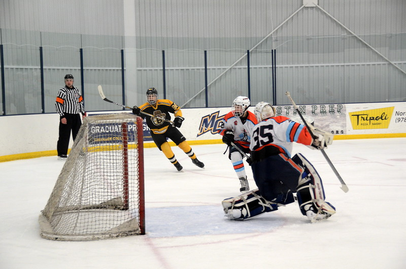 141122 Jr. Bruins Hockey.JPG