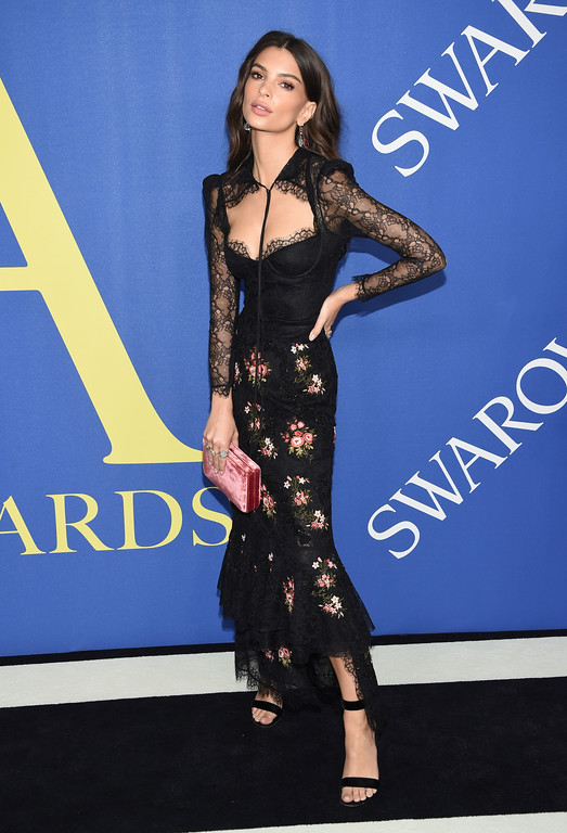 . Emily Ratajkowski arrives at the CFDA Fashion Awards at the Brooklyn Museum on Monday, June 4, 2018, in New York. (Photo by Evan Agostini/Invision/AP)