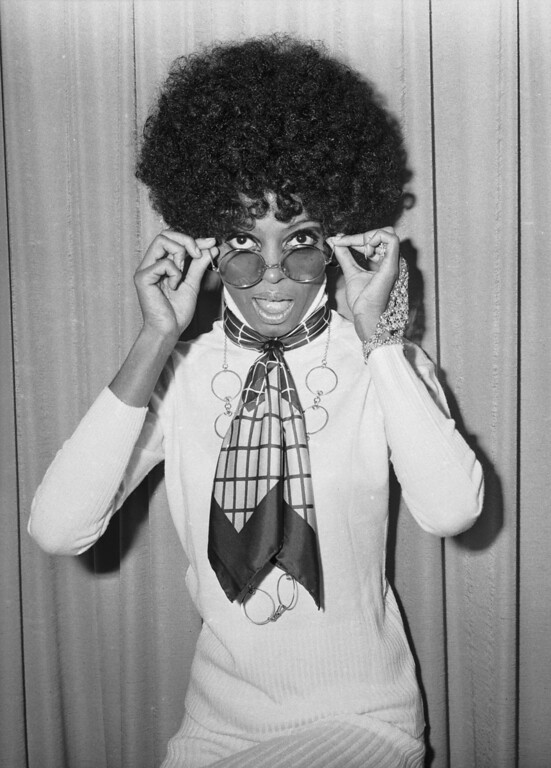 . 19th November 1968:  Singer Diana Ross at he headquarters of EMI Records.  (Photo by Larry Ellis/Express/Getty Images)