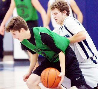 Geauga Grizzlies at St. John boys basketball 12/22/15