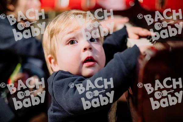 © Bach to Baby 2019_Alejandro Tamagno_Kensington_2019-12-11 033.jpg