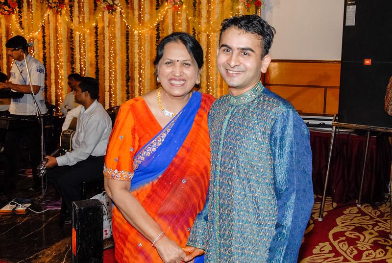 Wedding_Bombay_1206_371-2.jpg