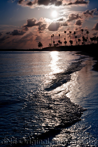 110 Bahamas 2008 - 2nd Sunrise (nik dark-light center).jpg