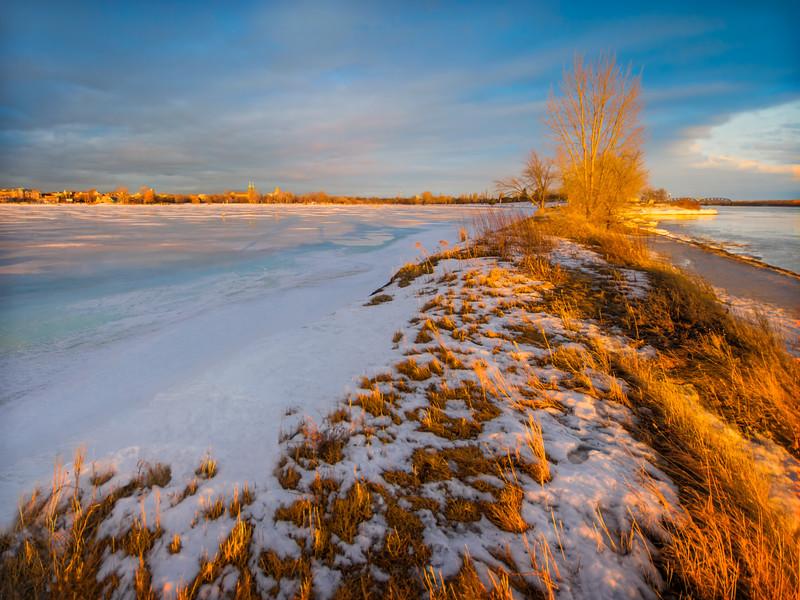 Travel Photography Blog - Montreal. Saint Lawrence River