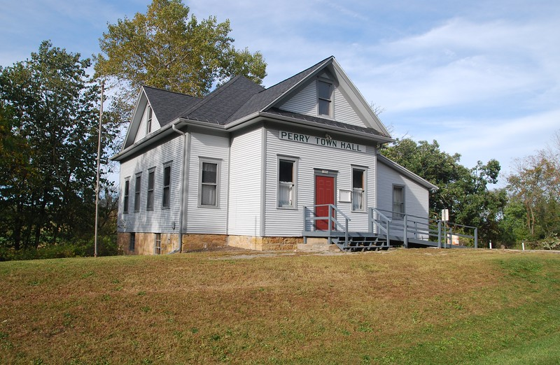 Perry Town Hall