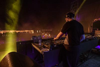 Dia 1 - DJ Buza
