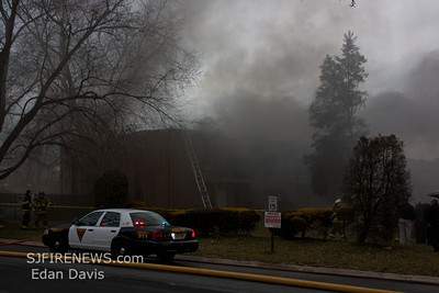 03-09-2012, 2nd Alarm Apartment, Lindenwold, Camden County, 1800 Laurel Rd. Stonington Court  Aprts.